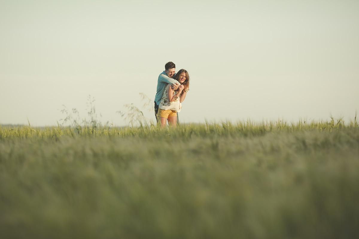 Reportaje de pareja en exteriores (19)