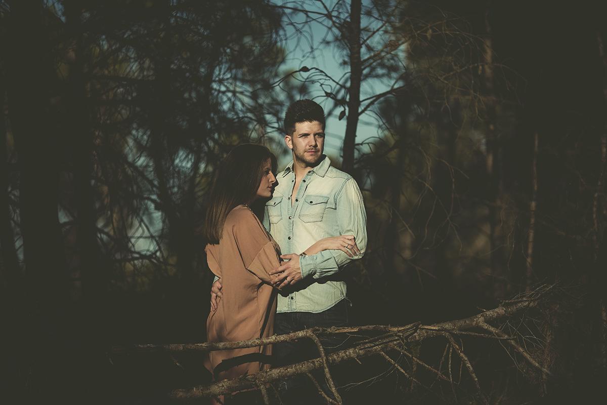 Reportaje de pareja en exteriores (5)