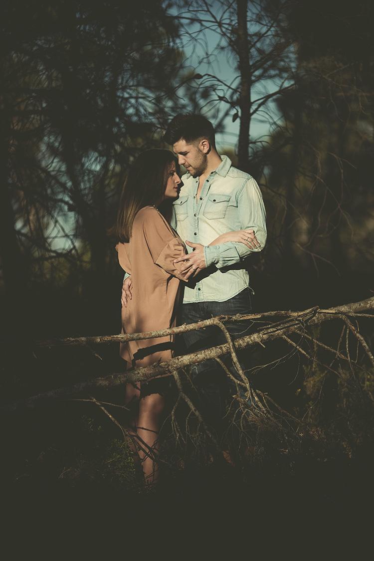 Reportaje de pareja en exteriores (6)
